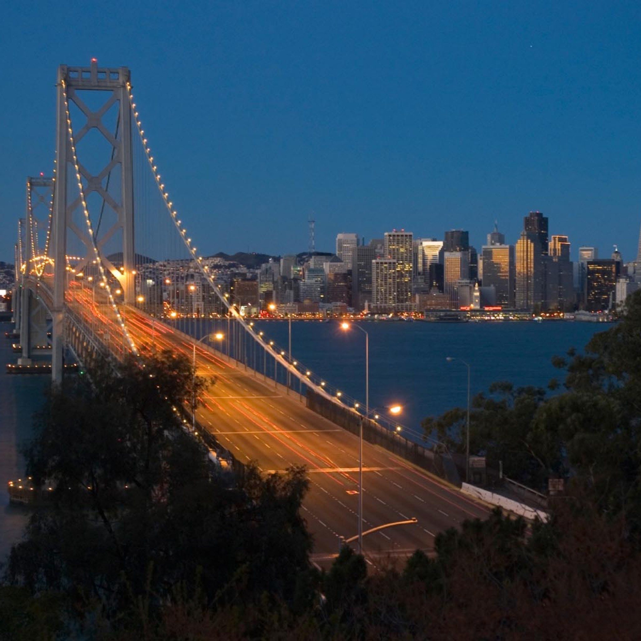 san-francisco-oakland-bay-bridge-landscape-2048x2048
